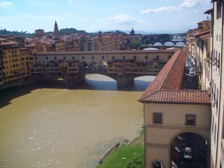 Vista panorâmica da Ponte Vecchio_tirada das Gal. Ufizzi