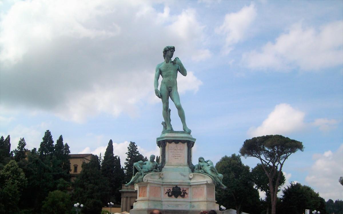 Florença - a Praça Michelangelo e a Basílica de San Miniato al Monte